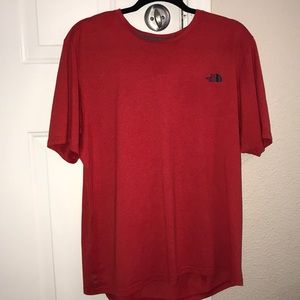 The North Face T-shirt - L